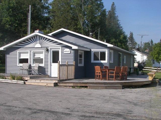 Grand View Home - Image 1 - Staffordsville - rentals