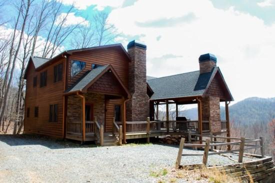 DREAM CATCHER- 3BR/3BA- CABIN WITH BEAUTIFUL MOUNTAIN VIEWS SLEEPS 6, HOT TUB, WIFI, INDOOR AND OUTDOOR FIREPLACE, GAS GRILL, AND A JACUZZI TUB! ONLY $165 A NIGHT! - Image 1 - Blue Ridge - rentals