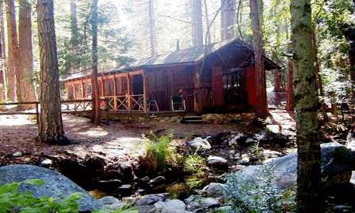 1 Bedroom, 1 Bath, Sleeps4, Pets Ok, walk to village: Wood burning fireplace, On Strawberry Creek - Twin Tree Cottage - Idyllwild - rentals