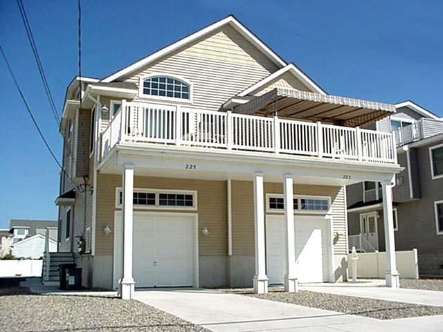 225 29th Street 103245 - Image 1 - Avalon - rentals