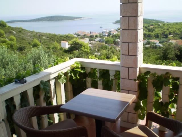 Apartments Mirela - 44171-A1 - Image 1 - Rukavac - rentals