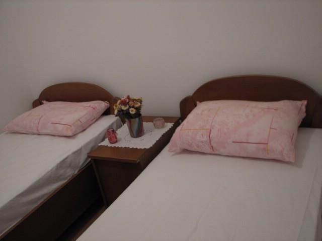 Apartments Nedjeljko - 53611-A1 - Image 1 - Putnikovic - rentals