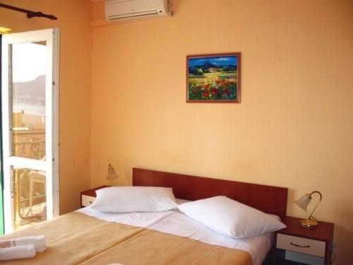 Apartments Tolj - 37031-A1 - Image 1 - Igrane - rentals