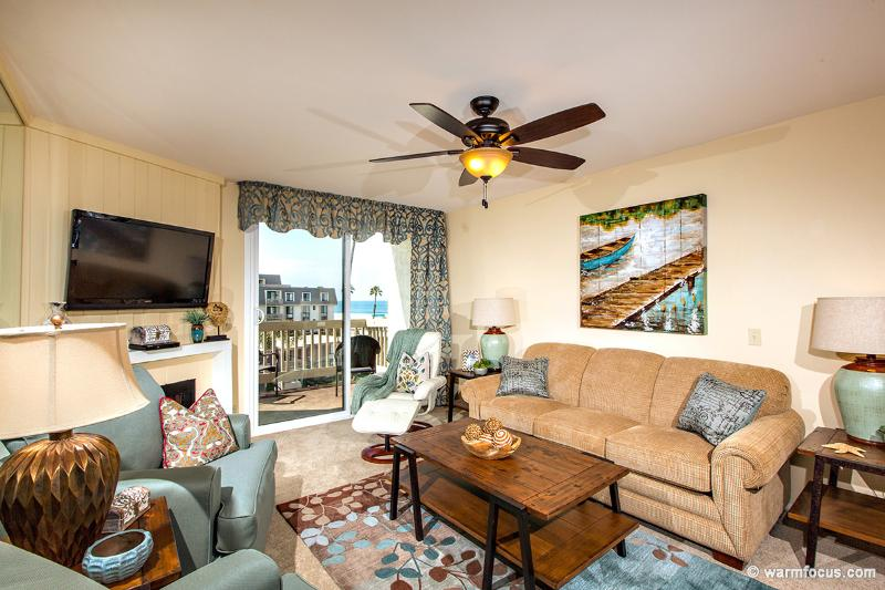 What a warm, inviting space to come home to after a day at the beach, or sight-seeing. - Pelican Place~Incredible Ocean Views and Interior! - Oceanside - rentals