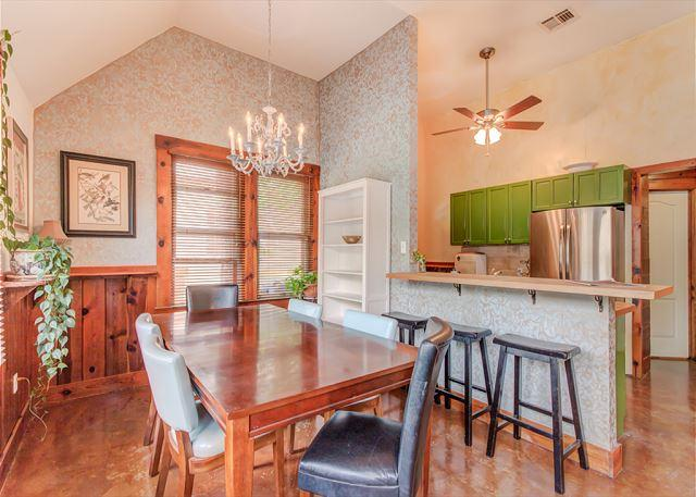 Charming 3 bedroom that is walking distance from the best of South 1st - Image 1 - Austin - rentals