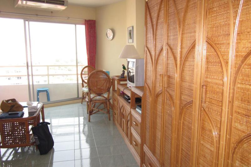 half sea view - Pattaya Viewtalay Jomtien 1 on 14fl Condo for rent - Pattaya - rentals