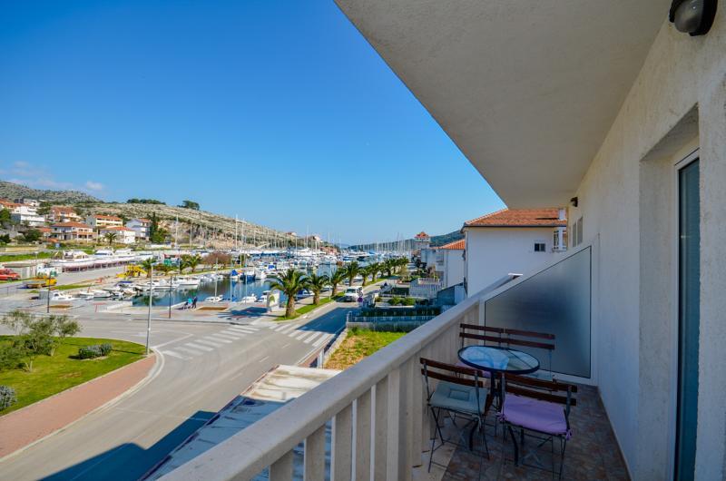 Apartments Jakov - 44031-A2 - Image 1 - Marina - rentals