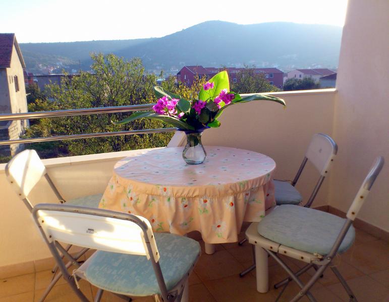 Apartments Nada - 44581-A1 - Image 1 - Vinisce - rentals