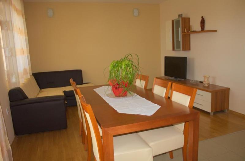 Apartment Temza - 44721-A1 - Image 1 - Krilo Jesenice - rentals