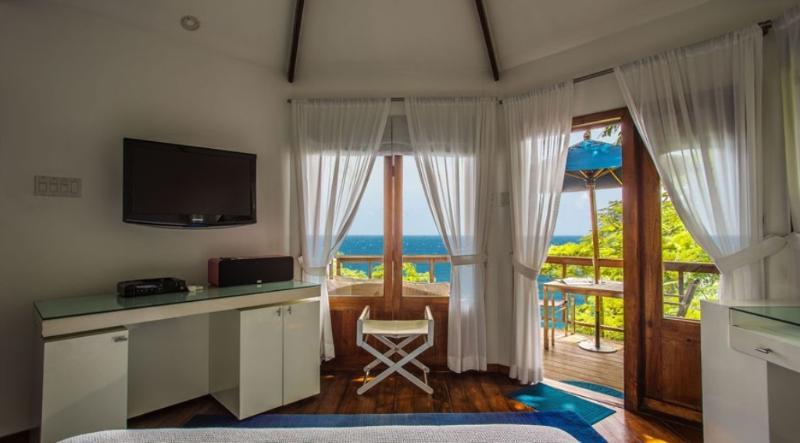 PARADISE PGJ - 139267 - BEACHFRONT HOTEL - ROCKSTEADY - 1 BEDROOM DELUXE CABIN - Image 1 - Port Antonio - rentals
