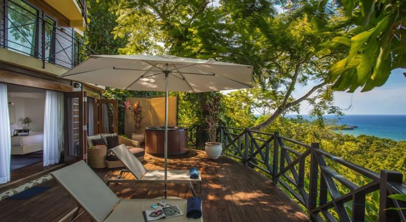 PARADISE PGJ - 139272 - BEACHFRONT HOTEL - DRUM & BASS - JUNIOR SUITE - Image 1 - Port Antonio - rentals