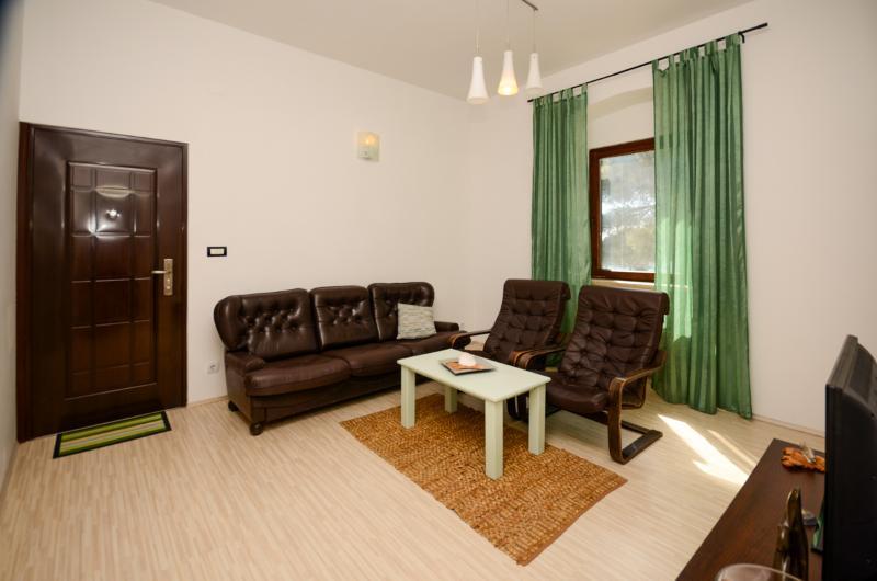 Apartments Stanislava - 75611-A1 - Image 1 - Fazana - rentals