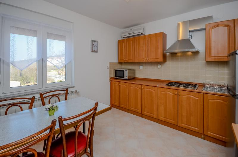 Apartments Ivanka - 85391-A2 - Image 1 - Selce - rentals