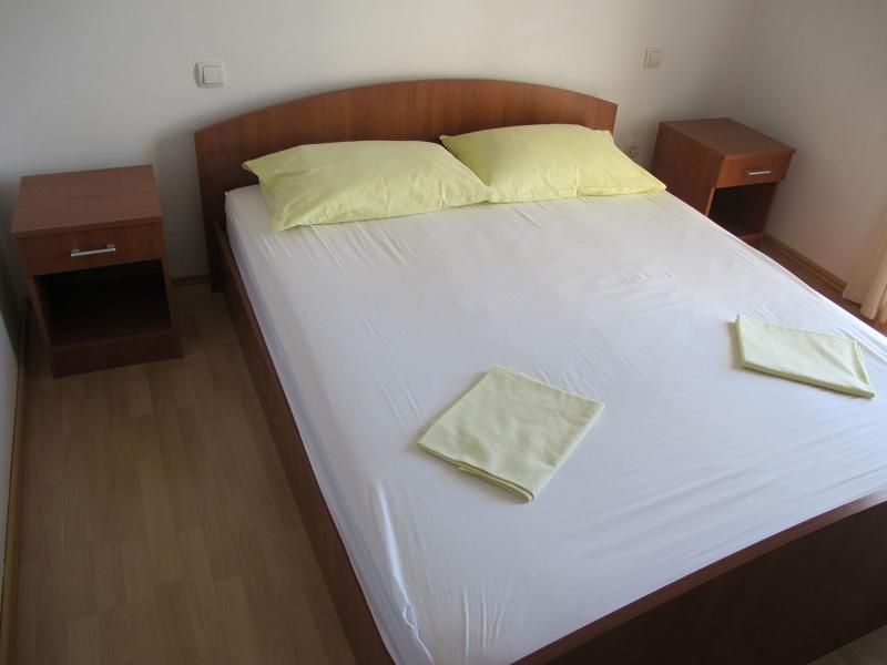Apartments Slobodan - 92211-A1 - Image 1 - Petrovac - rentals