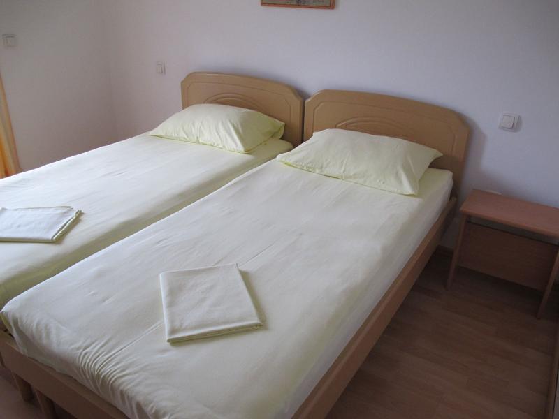 Apartments Slobodan - 92211-A3 - Image 1 - Petrovac - rentals