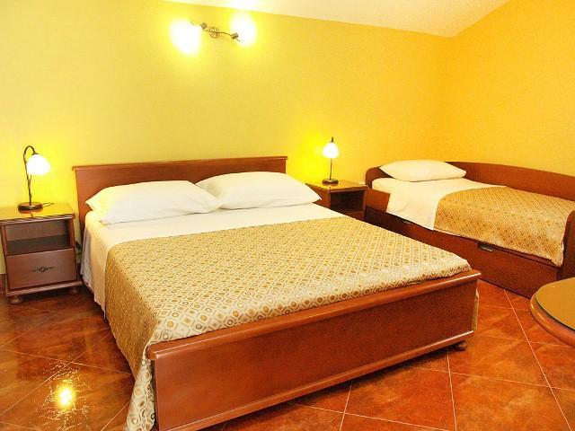 Apartments Sandra - 92471-A2 - Image 1 - Kotor - rentals