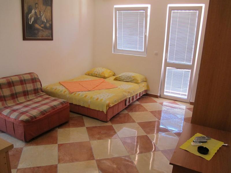 Apartments Ratka - 92651-A3 - Image 1 - Sutomore - rentals