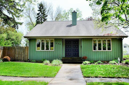 Humphrey House - Humphrey House-Weekly Stays begin on Sundays - South Haven - rentals