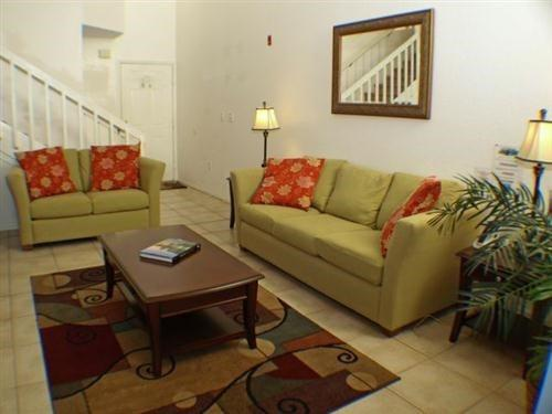 2 Bedroom 2 Bath Townhome at Mango Key near attractions. 3163LB - Image 1 - Orlando - rentals