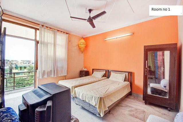 Clean room - 25 Minutes from airport,free WIFI - New Delhi - rentals