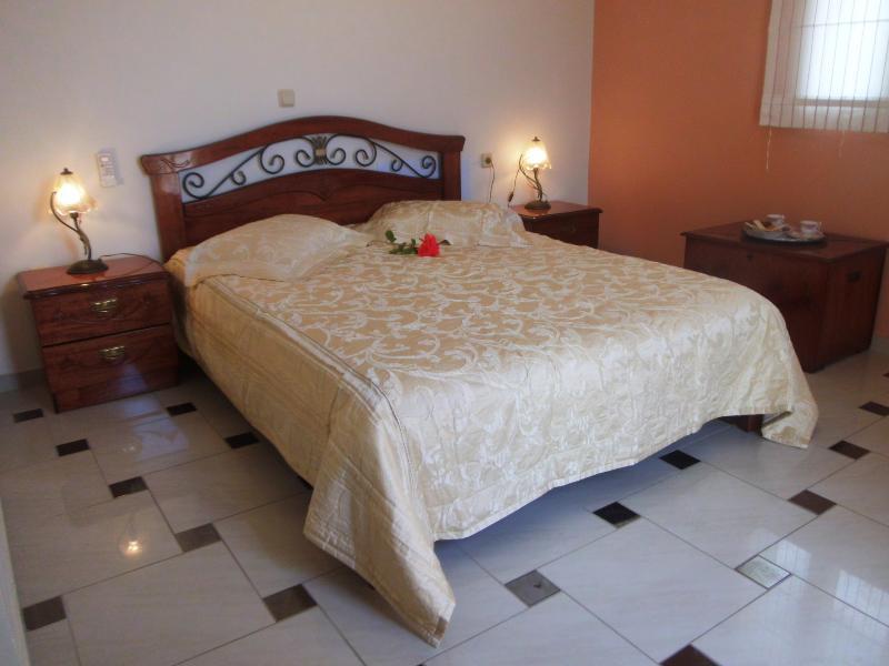 bedroom - luxury confortable villas in Lourdas - Neochori - rentals