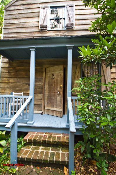 1028: Laura's Cottage - Image 1 - Savannah - rentals