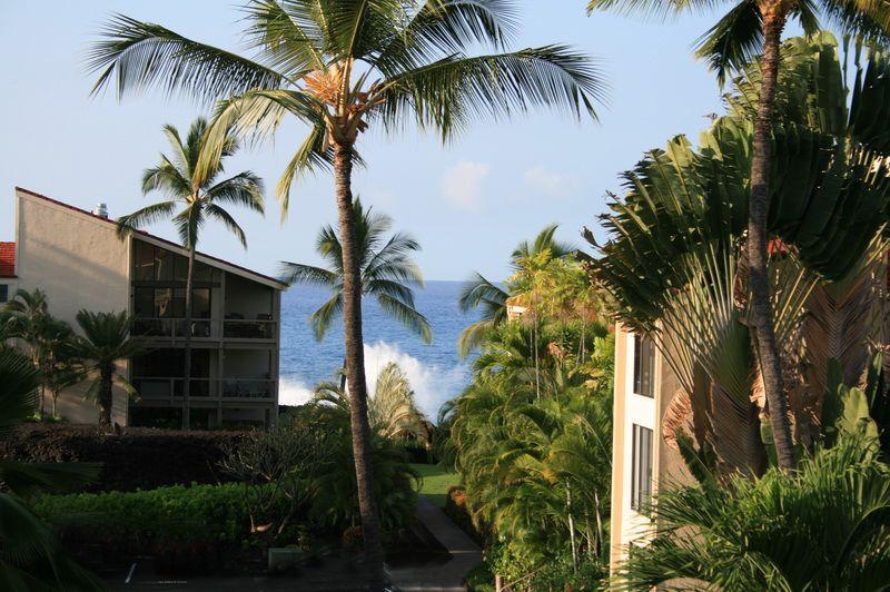 Great Condo with 2 BR/2 BA in Kailua-Kona (K5-SR 6-303) - Image 1 - Kailua-Kona - rentals