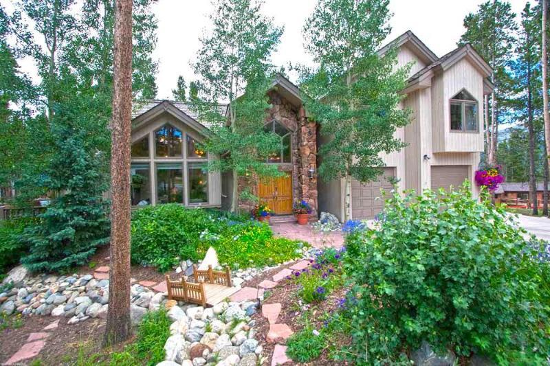 Summer Exterior View - Ski In Ski Out 4 Bedroom Home - Fox Haven - Breckenridge - rentals