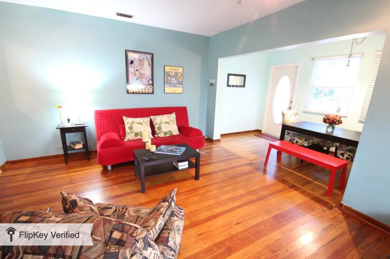 South Beach two-bedroom condo - Image 1 - Miami Beach - rentals