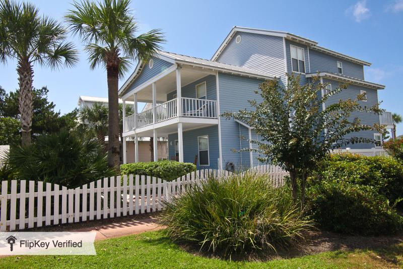 3 level corner house with gulfviews - Gulfview Beach House for up to 22 guests in Destin - Destin - rentals