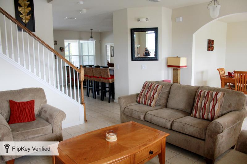 Colonial type Villa in a beautiful setting. - Image 1 - Kissimmee - rentals
