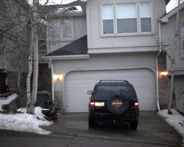 Exterior front - Oaks at Wasatch 4 bedroom 3.5 bath Condo #3576 - Cottonwood Heights - rentals