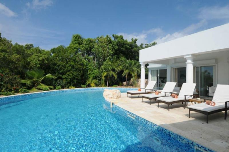 Two bedroom villa in the French Lowlands St Martin - Image 1 - Saint Martin-Sint Maarten - rentals