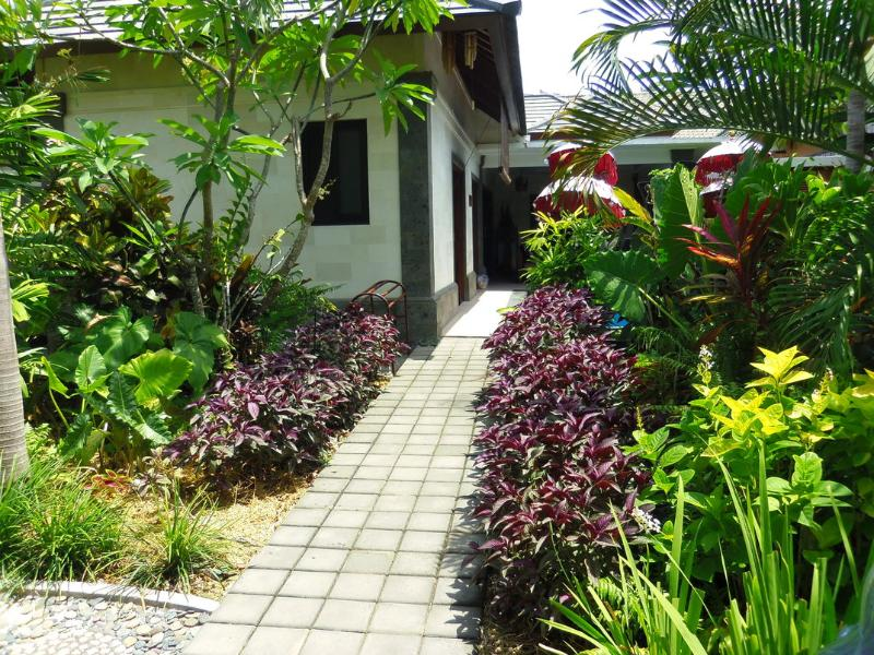 garden entrance from front carport/gate - Villa Bumi Ayu, Sanur, Bali, Holiday Rental villa - Sanur - rentals