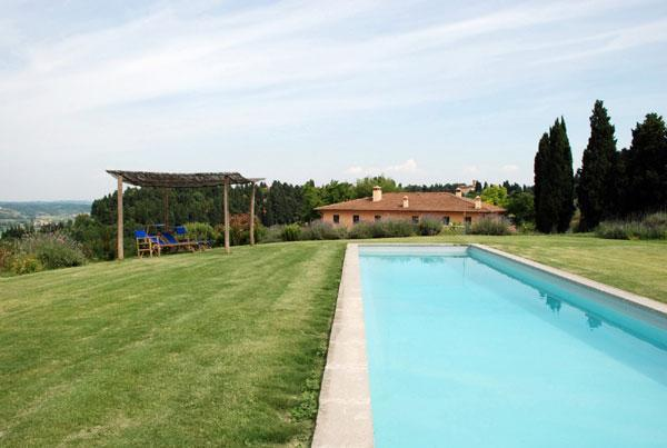 swimming pool with view of the house - I Gelsi, country apartment with pool in Tuscany - Collesalvetti - rentals