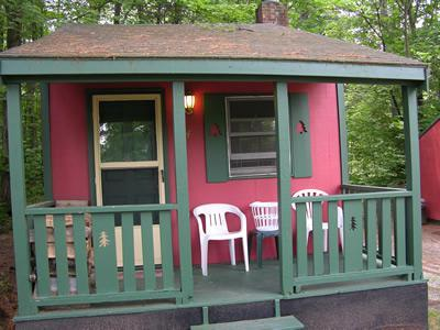 Exterior of cottage - Sun Valley Cottages, Cottage #4 - Weirs Beach NH - Laconia - rentals
