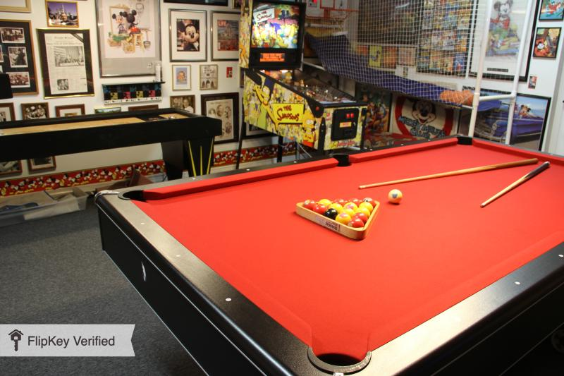 """Awesome Game Room - Award-Winning Game Room,Pool,Spa,65""""TV,4bed,3bath - Kissimmee - rentals"""