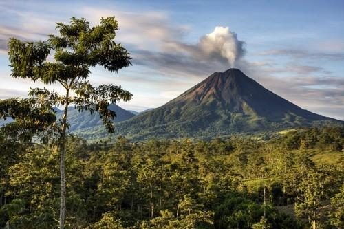 View of the Arenal Volcano From Cabins - Leaves and Lizards Arenal Volcano Cabin Retreat - La Fortuna de San Carlos - rentals