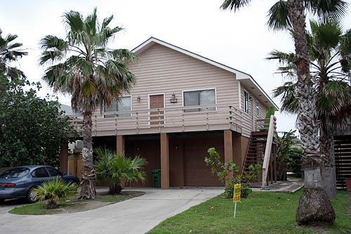 HIBISCUS HOUSE - Image 1 - South Padre Island - rentals