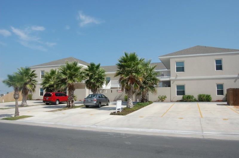 LOS CABOS III #5 - Image 1 - South Padre Island - rentals