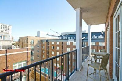 1025: River Homes Balcony Penthouse - Image 1 - Savannah - rentals