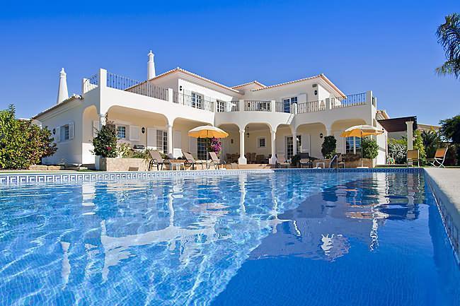 Montemar 4 Bed 4 bath Super Luxury Private Pool - Image 1 - Carvoeiro - rentals