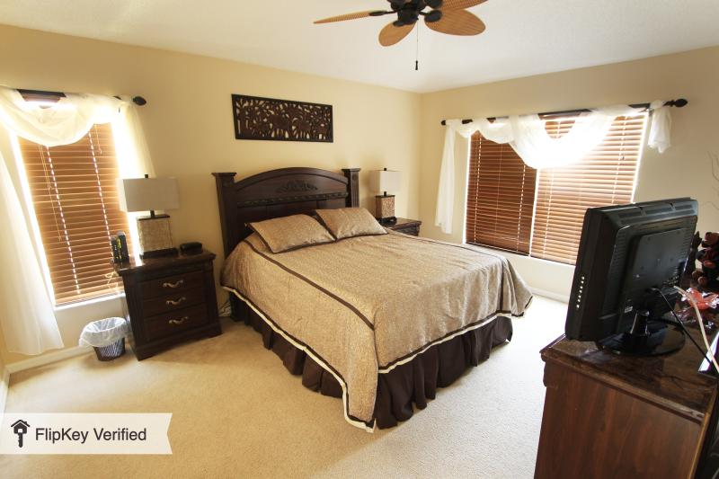 35% DISCOUNT OFF RATES - RESORT HOME - Image 1 - Kissimmee - rentals