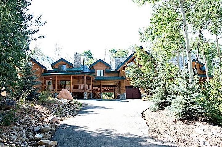 HUGE DISCOUNTS! Beautiful Rustic Lodge, Sleeps 20! - Image 1 - Heber City - rentals