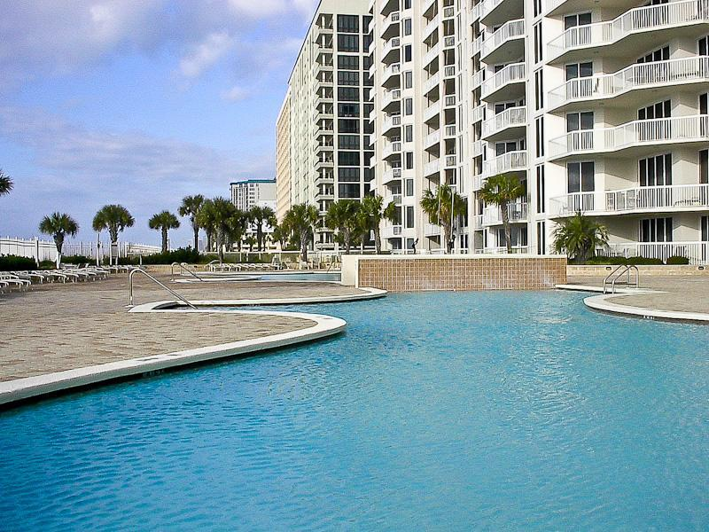 Welcome to Silver Beach in sunny Destin, FL! - Paradise Awaits in Huge Gulf Front Luxury Condo - Destin - rentals