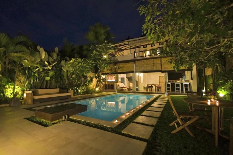 villa lumba - 2 bedrooms Tropical Chill House, Umalas Bali - Seminyak - rentals