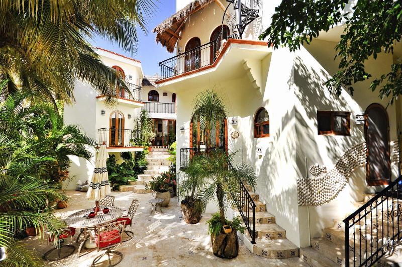 VILLA ALCANZAR - Image 1 - Playa del Carmen - rentals