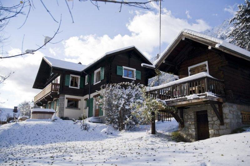 winter exterior - Chalet Les Mazots, Chamonix - Chamonix - rentals