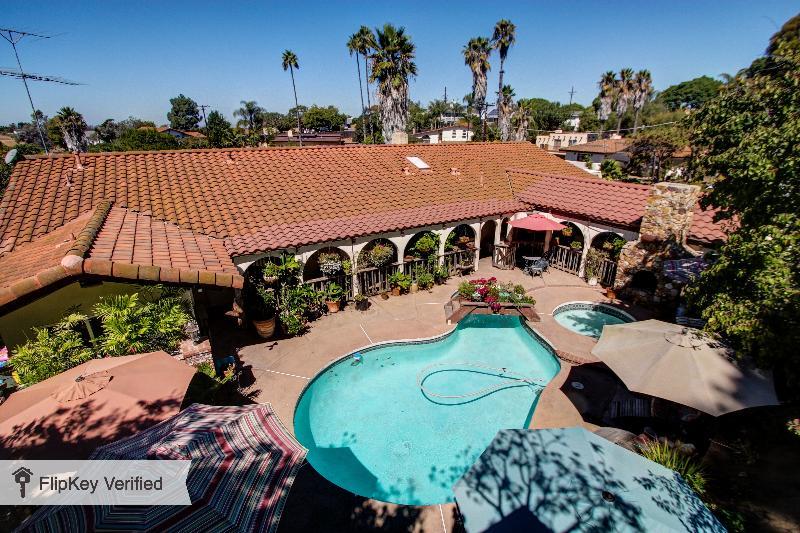 View of Hidden Hacienda from Three-House - Hidden Hacienda Near All Attractions - Pacific Beach - rentals