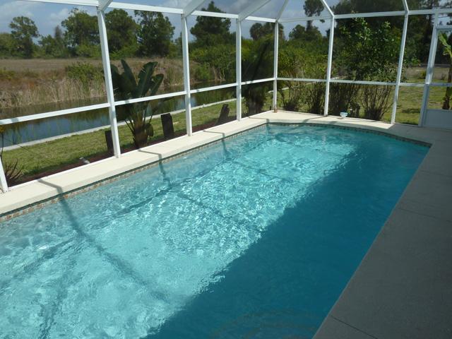 Pool - Villa Cecilia - Cape Coral - rentals
